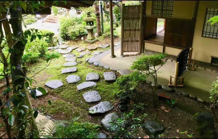 Jardin Des Maisons Japonaises Et L Esprit Du Zen