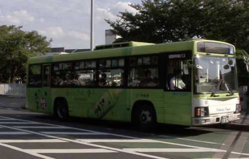 Comment prendre le bus à Tokyo : un moyen pratique et pas cher de se déplacer
