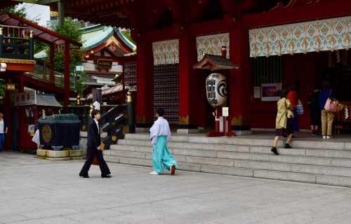 Les religions au Japon, shinto et bouddhisme