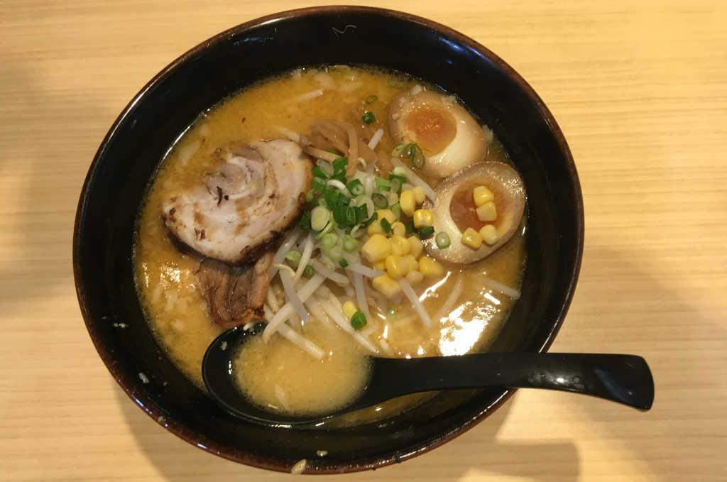 Les premiers ramens que je mange au Japon