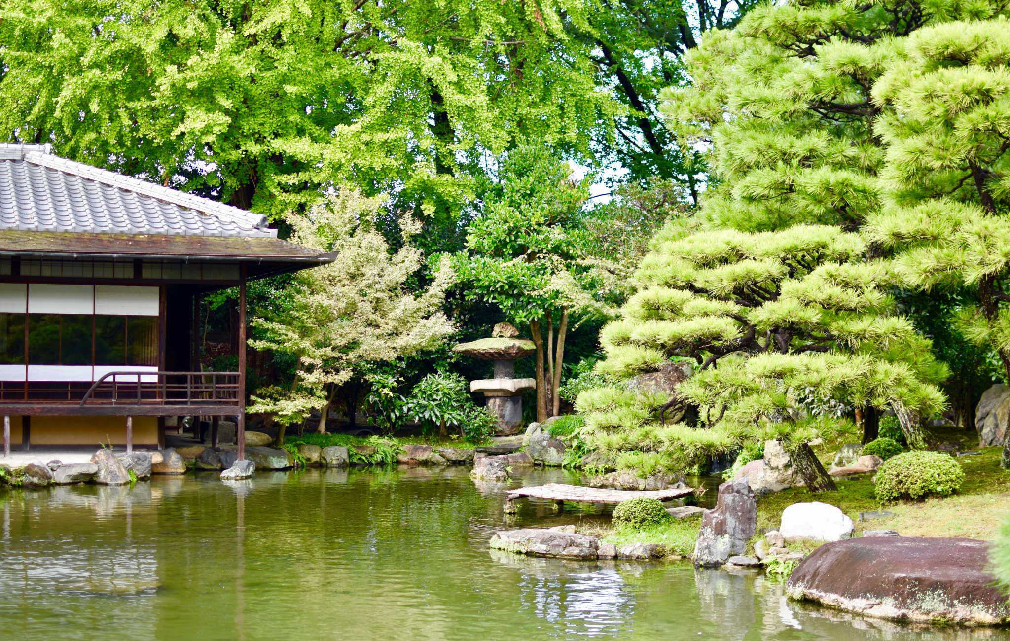 Le jardin Shosei-en et sa maison de thé en font un des plus beaux endroits à visiter