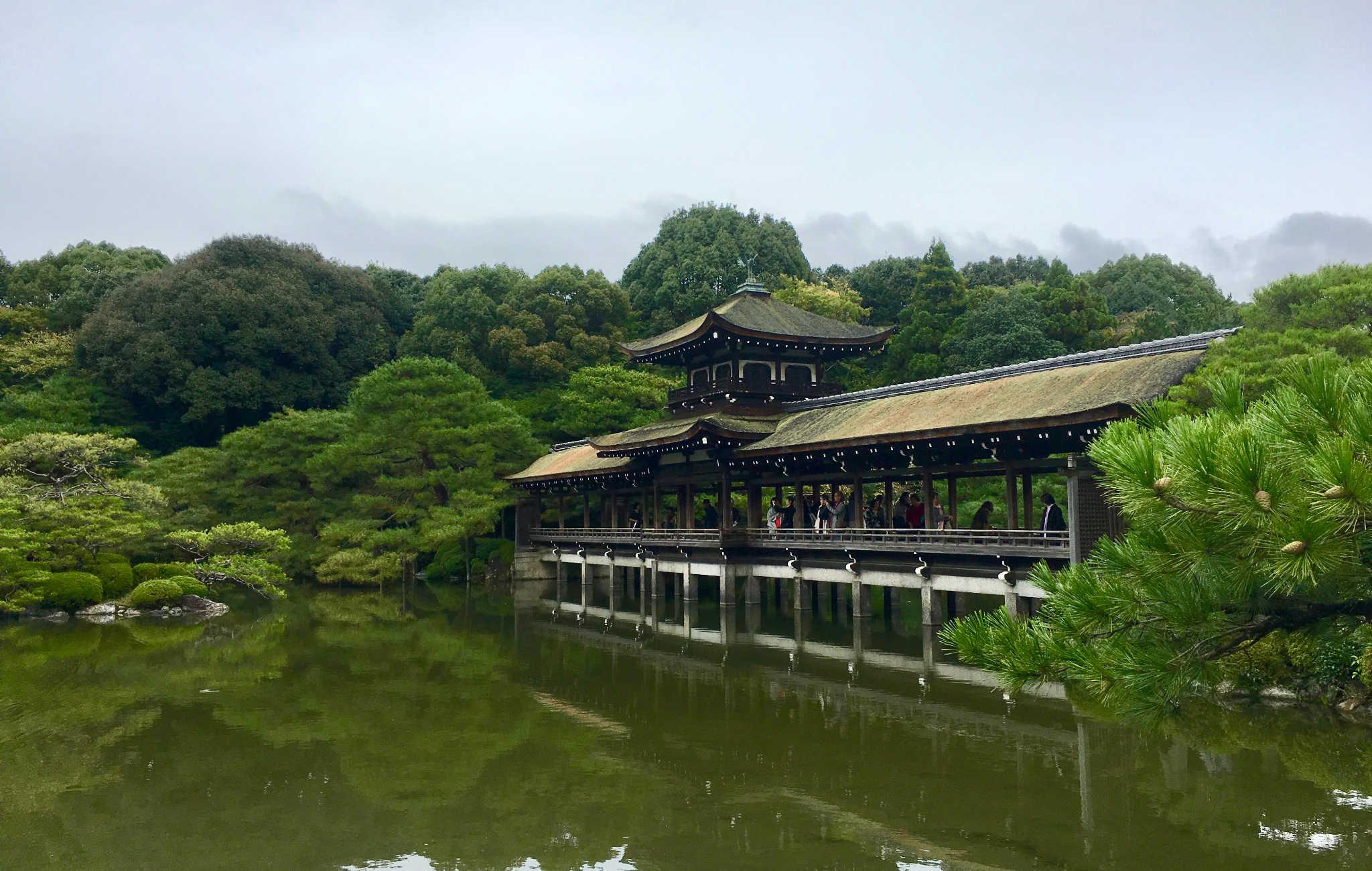 L'impressionnant pont est le point culminant de la visite du sanctuaire