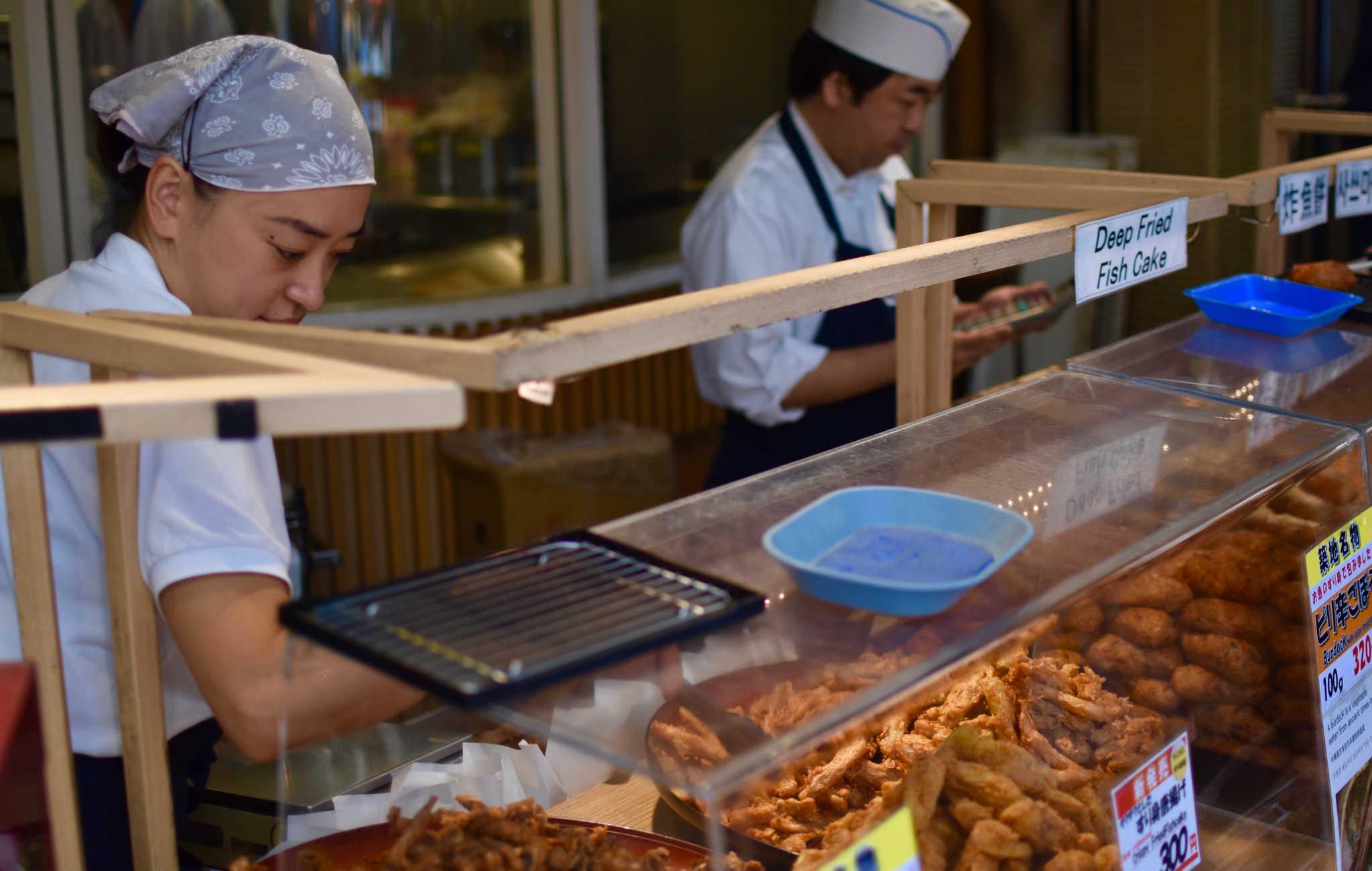 De la friture ou gateaux de poissons, à emporter