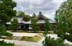 Daikaku-ji, le grand complexe bouddhiste de Arashiyama